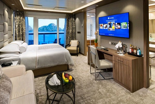 azamaraClub Spa suite bedroom