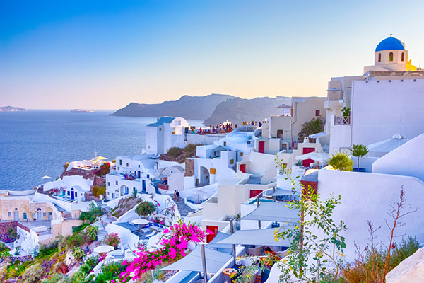 Santorini | Europe Holidays | Be Inspired